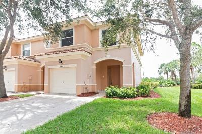 Royal Palm Beach Townhouse For Sale: 395 River Bluff Lane