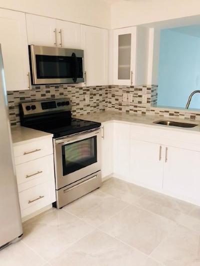 Delray Beach Condo For Sale: 14095 Royal Vista Drive #308