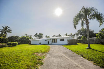 West Palm Beach Single Family Home For Sale: 2602 Palmarita Rd Road