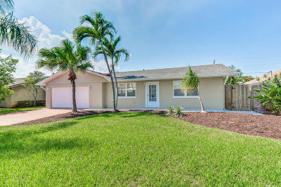 Tequesta Single Family Home For Sale: 4215 Robert Street