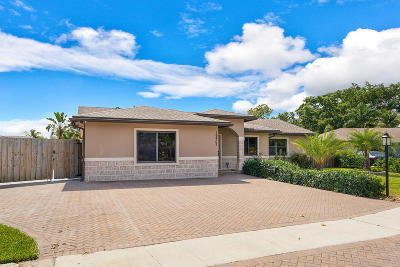 Boca Raton Single Family Home For Sale: 19407 Dakota Court
