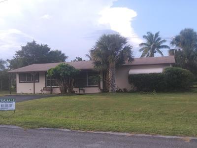 West Palm Beach Single Family Home For Sale: 6085 Aurora Drive