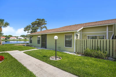 West Palm Beach Townhouse For Sale: 4277 Willow Pond Circle