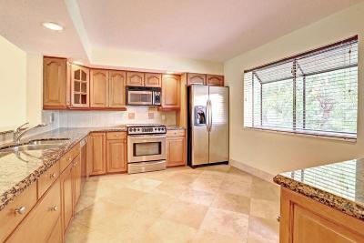 Boca Raton Condo For Sale: 7888 La Mirada Drive
