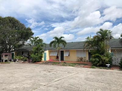 Fort Pierce Multi Family Home For Sale: 1240 Carlton Court