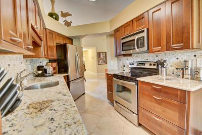 Boca Raton Condo For Sale: 17380 Boca Club Boulevard #302