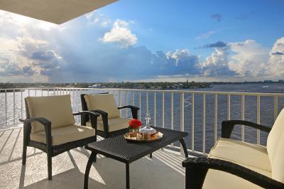 Palm Beach Condo Sold: 2150 Ibis Isle Road #Ph 2