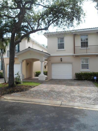 Palm Beach Gardens Townhouse For Sale: 174 Santa Barbara Way
