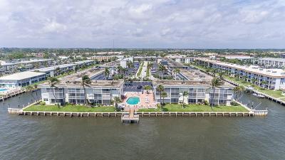 North Palm Beach Condo For Sale: 100 Doolen Court #205