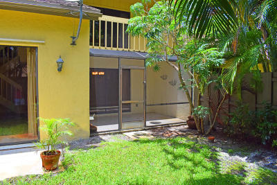 Deerfield Beach Townhouse For Sale: 2170 Deer Creek Woodlands Way