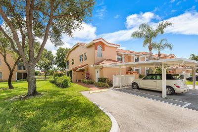 Boynton Beach Condo For Sale: 9721 Shadybrook Drive #201