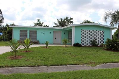 Port Saint Lucie Single Family Home For Sale: 874 SE Solaz Avenue