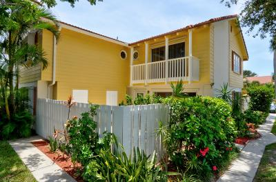 Townhouse For Sale: 102 Seabreeze Circle