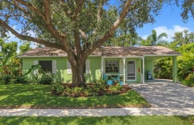 Jupiter Single Family Home For Sale: 808 Iroquois Street