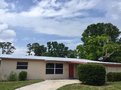 Vero Beach Single Family Home For Sale: 2464 1st Place