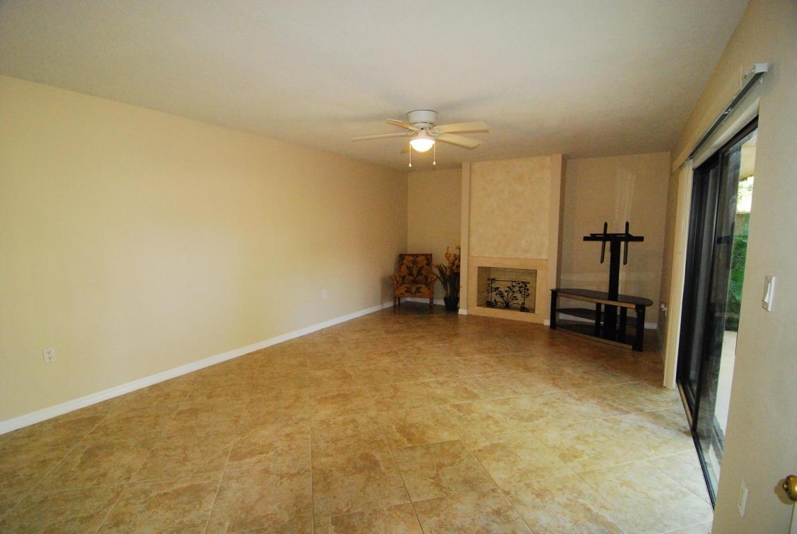 1104 11th Court Palm Beach Gardens, FL. | MLS# RX-10442917 | Joseph ...