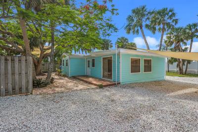 Jensen Beach Single Family Home Contingent: 2121 NE Pelican Terrace