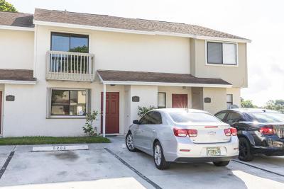 Greenacres FL Townhouse For Sale: $184,000