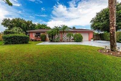 North Palm Beach Single Family Home For Sale: 2604 Wabash Drive