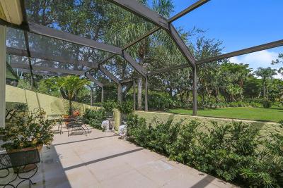 Palm Beach Gardens Townhouse For Sale: 75 Edinburgh Drive