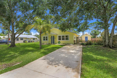 Palm City Single Family Home For Sale: 3069 SW Hollis Avenue