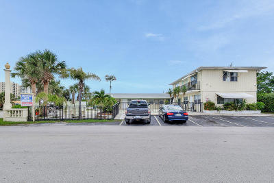 Riviera Beach Multi Family Home For Sale: 2432 Park Avenue