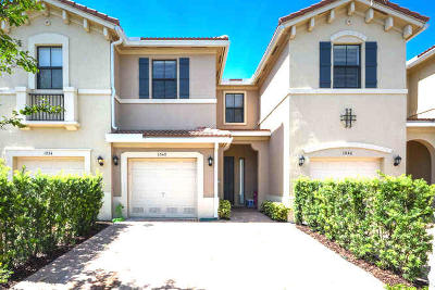 Pompano Beach Townhouse For Sale: 1040 NW 33rd Court