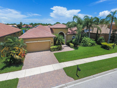 Port Saint Lucie Single Family Home For Sale: 950 SW Grand Reserves Boulevard