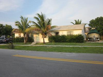 Jupiter Single Family Home For Sale: 407 Suwanee Avenue