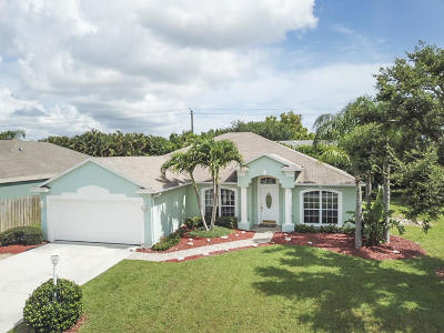 Jensen Beach Single Family Home For Sale: 457 NE Pecos Way