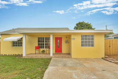 Lake Worth Single Family Home Contingent: 1419 14th Avenue