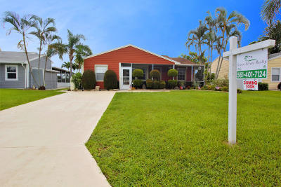 Boynton Beach Single Family Home For Sale: 9050 Woodlark Terrace