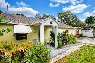 Juno Beach Single Family Home For Sale: 1790 Ridge Road