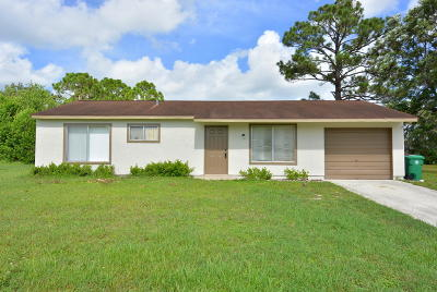 Port Saint Lucie Single Family Home For Sale: 332 SW Cherryhill Road