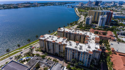West Palm Beach Condo For Sale: 1801 Flagler Drive #222