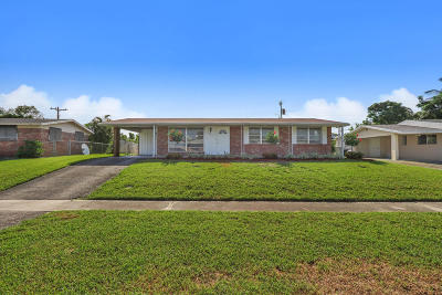 Palm Beach Gardens Single Family Home For Sale: 3549 Dunes Road