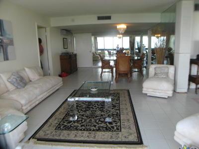West Palm Beach Condo Sold: 2000 Presidential Way #1202