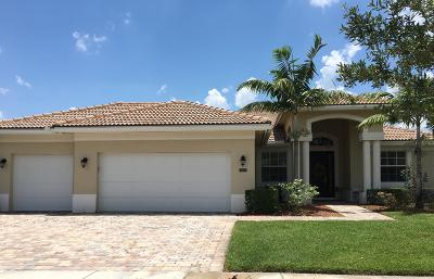 West Palm Beach Single Family Home For Sale: 9100 Winterhaven Circle