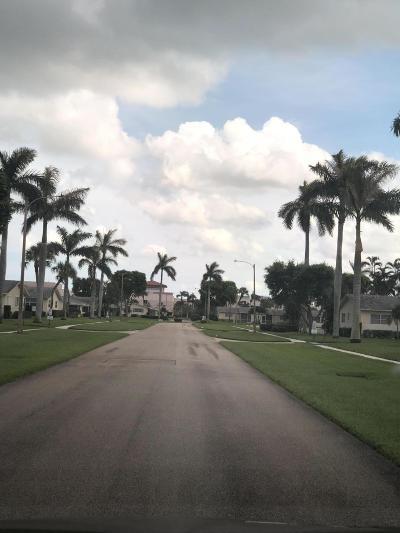West Palm Beach Single Family Home For Sale: 2980 Ashley Drive E #G