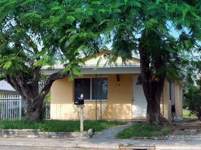 Lake Worth Single Family Home For Sale: 416 S C Street