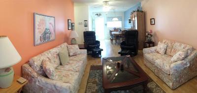 Boynton Beach Condo For Sale: 2192 NE 1st Way #204