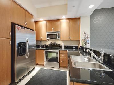 Two City Plaza Condo For Sale: 701 S Olive Avenue #810