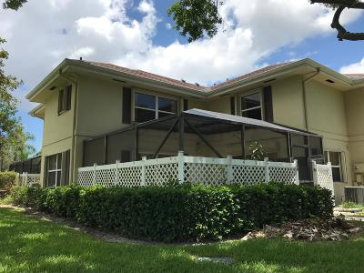 Royal Palm Beach Townhouse For Sale: 39 Essex Court #D