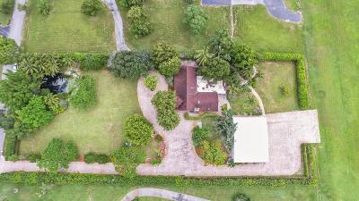 Delray Beach Single Family Home For Sale: 6610 Skyline Drive