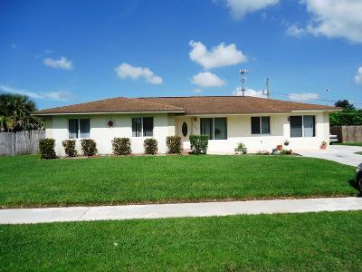Lake Worth, Lakeworth Single Family Home For Sale: 3095 Pebble Beach Drive