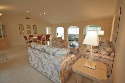 Boynton Beach Single Family Home For Sale: 10660 Limeberry Drive
