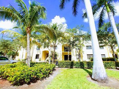 Palm Beach Gardens Condo Contingent: 3020 Alcazar Place #101