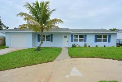Jensen Beach Single Family Home For Sale: 1904 NE 24th Street