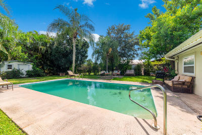 Palm City Single Family Home For Sale: 985 SW 29th Terrace