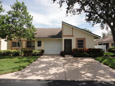 Boca Raton Single Family Home For Sale: 8941 Meadowlark Way #D